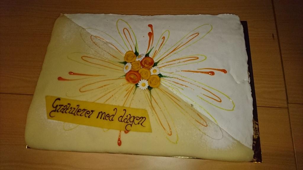 Bernt Ole stilte med kake til Bernt Emil sin bursdagfeiring.