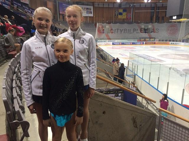 Anna Birgitte, Pernille og Andrea