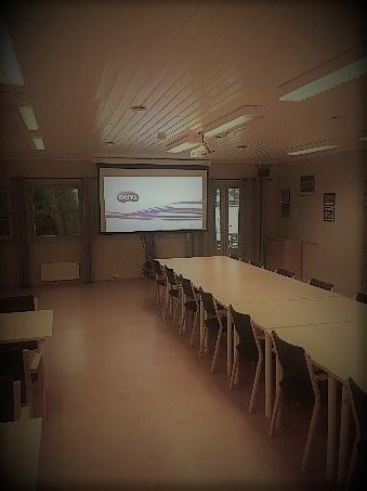 Et bilde som inneholder gulv, tak, innendørs, veggBeskrivelse som er generert med svært høy visshet