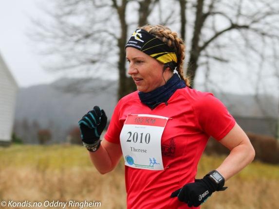 Therese Falk med løyperekord på 100 km i Bergen Ultra