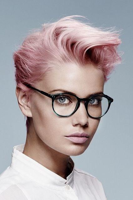 Roze haarkleur   The Good Hacienda   curated by Hilary