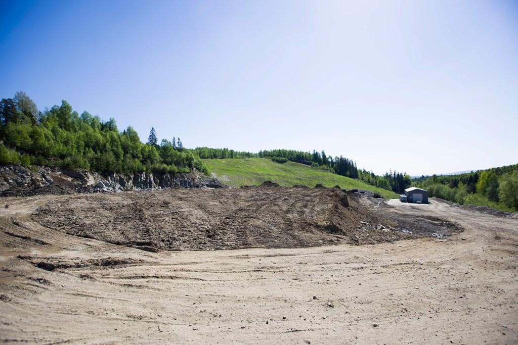 ALT PÅ ET STED: Slik ser området ved Rambydalen ut nå. Om noen år håper Ullensaker skiklubb at det vil være et anlegg for flere idretter. – Beliggenheten er perfekt, mener Vegard Einan.