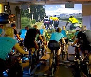 SPINAWAY - Sykkel i sal med projektor